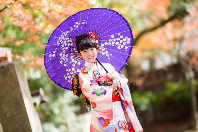 神戸市中央区の湊川神社で七五三ロケ撮影