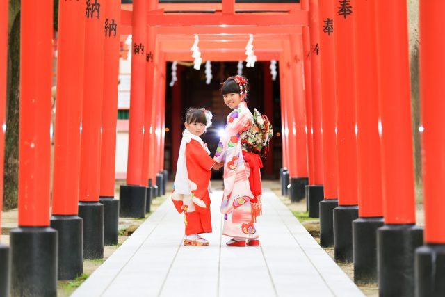 神戸市中央区の湊川神社で七五三ロケ