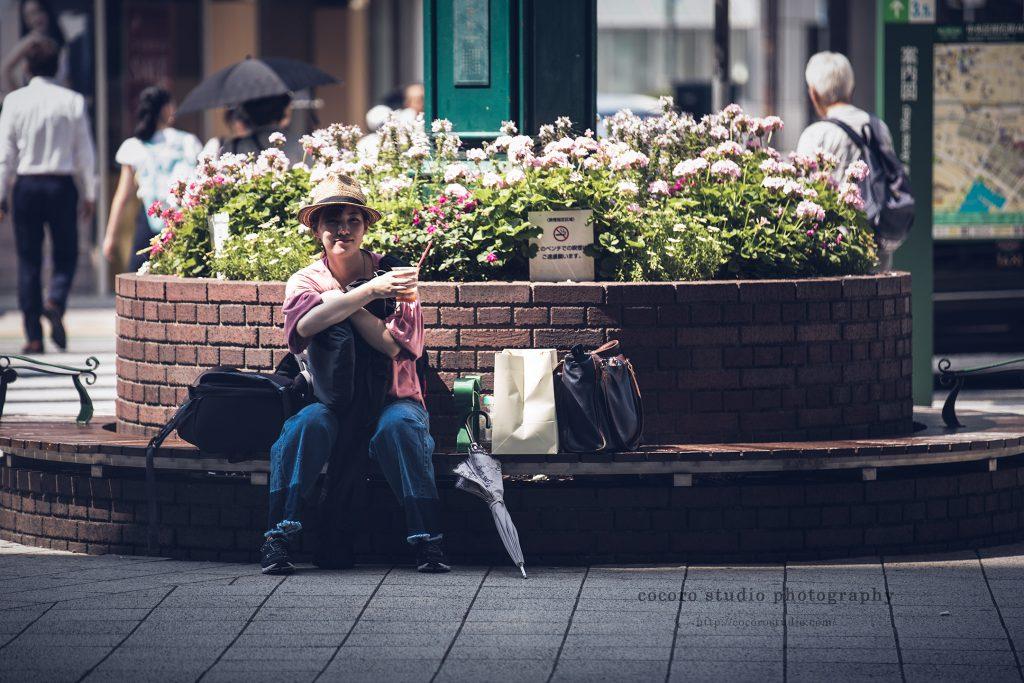 ロケーションフォトはココロスタジオ|神戸大丸前で休憩