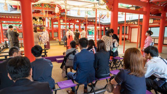 神社へのお参りはお早めに 撮影はココロスタジオ
